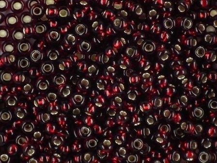 Rocailles 2,6mm 9/0 silbereinzug granat-rot
