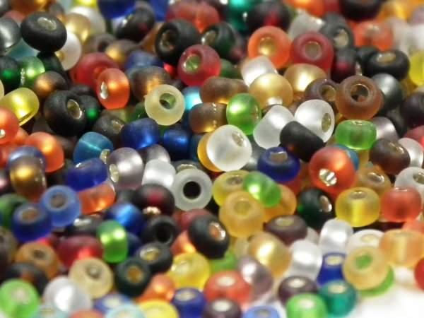 Rocailles 2,6mm 9/0 Silbereinzug matt mix