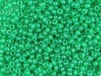 Rocailles 2,6mm 9/0 alabaster grün glanz