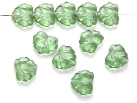 Glas-Blätter-Perlen maigrün