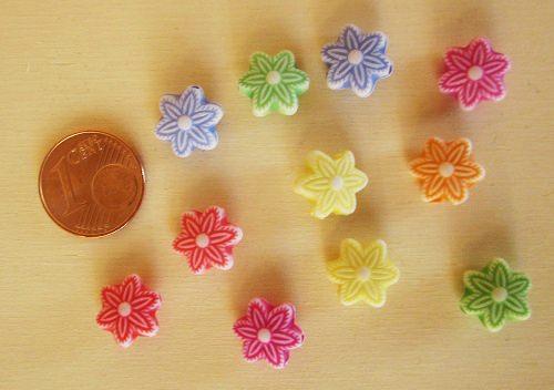 Blumen-Charms bunt