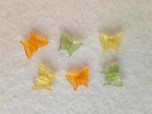 Schmetterling-Charms bunt transparent