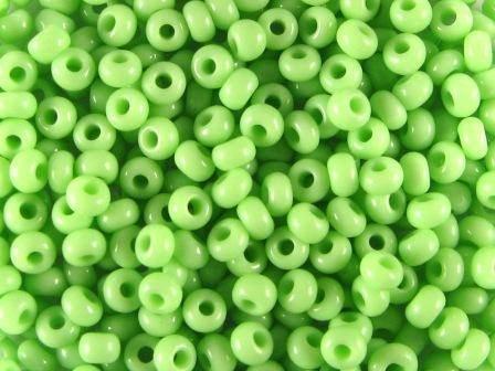 Rocailles 2,6mm 9/0 satt limonen grün
