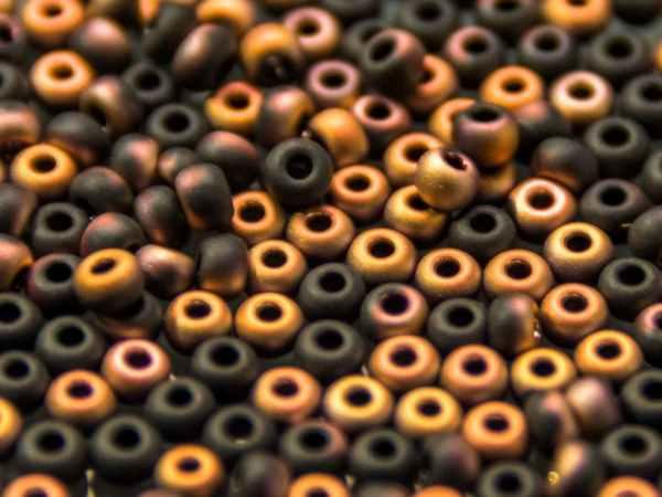 Rocailles 2,6mm schwarz matt Capri