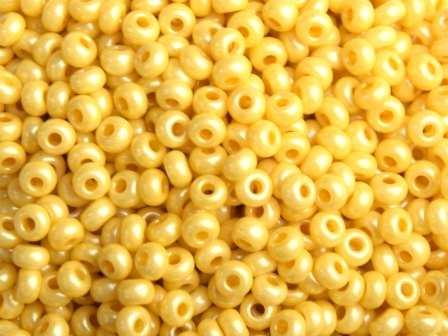 Rocailles 2,6mm 9/0 terra pearl senf